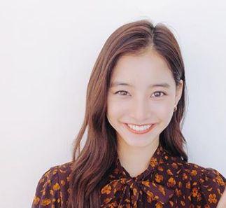 新木優子の口元が可愛い!目のくぼみは疲れ?幸福の科学は否定した?